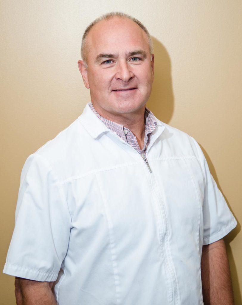 Dr. Earl Pierson
